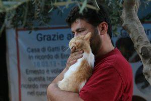 Mohammad permanece na Síria para ajudar animais